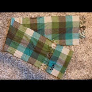 100% cashmere Plaid scarf. Made in Scotland.